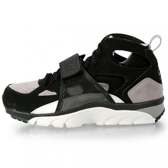 best website ffb69 d3e11 Nike Air Trainer Huarache (11.5). M 5b0efc3772ea889c85ac1017